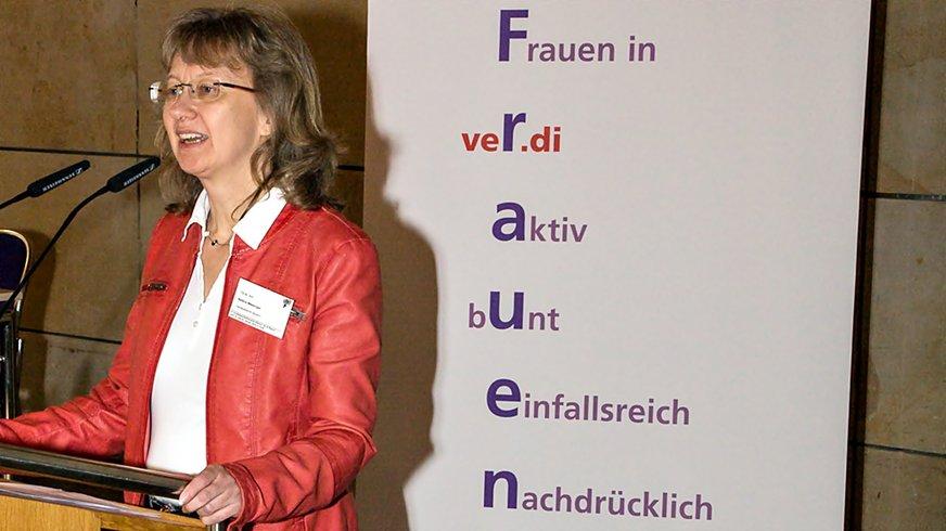 Bettina Messinger, Landesfrauenleitung Bayern bei der Landesfrauenkonferenz 2015